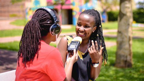 Reading Girl3_ IBINTU 4 NIGIYE MU GUSOMA