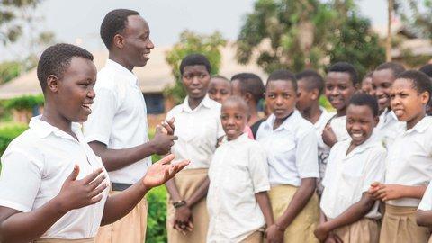 ISANO N'UBUYOBOZI